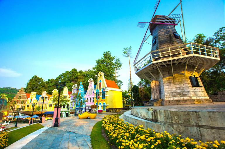Brookside Valley Resort, Muang Rayong