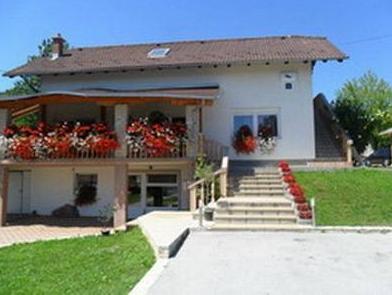 House Sara, Rakovica