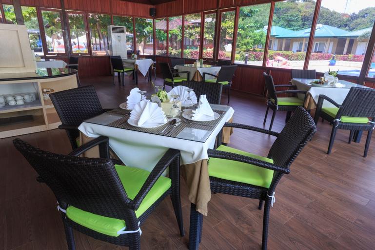 Sylvia Beach Villa, West Manggarai