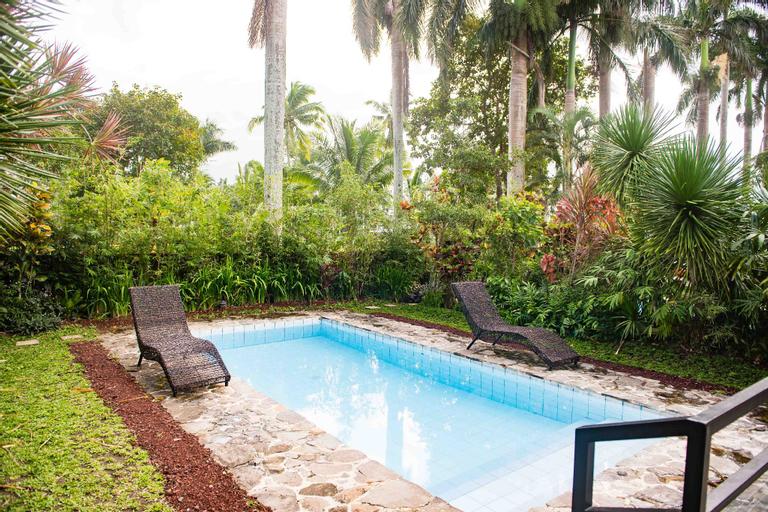 La Finca Village E, private pool villa, 2bedroom, Lipa City