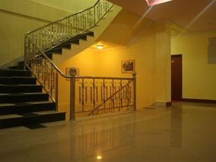 Hotel Jalsa, Seti