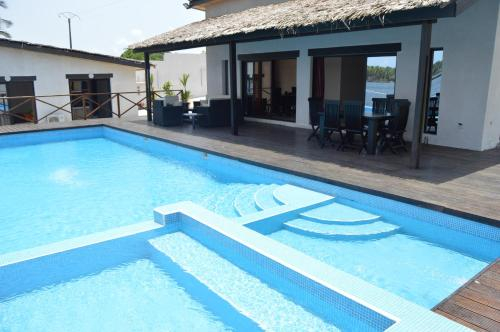 Villa Assinie Bord de Lagune, Sud Comoé