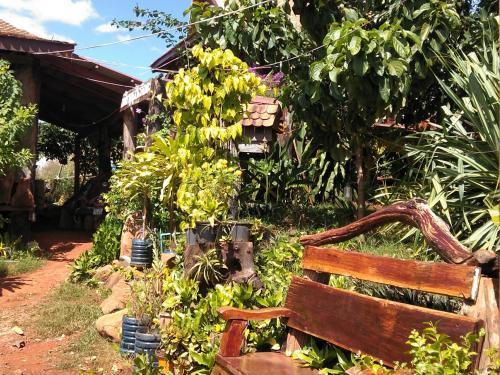 Ratanak Tep Rithea homestay, Ban Lung