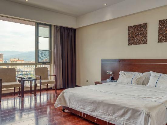 Bianchui Hotel, Dehong Dai and Jingpo