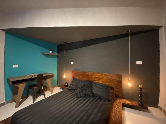 Zyan Rooms Rotamundos, Centro