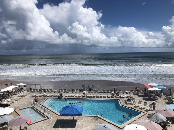 Ocean East Resort Club, Volusia