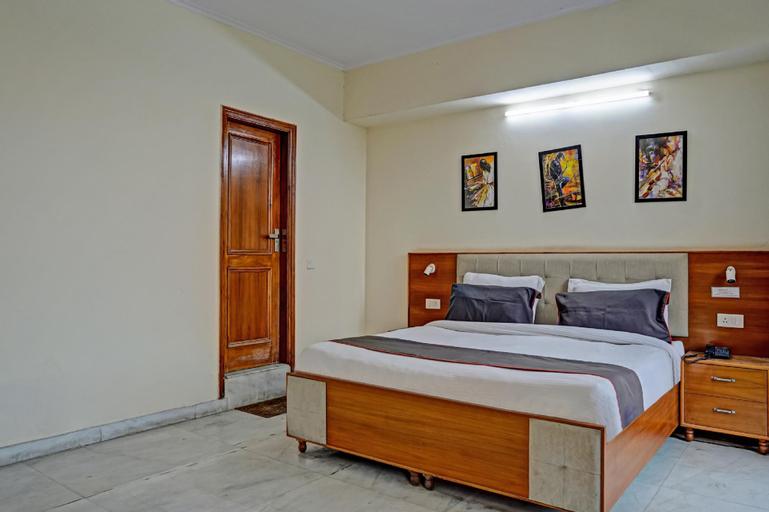 Collection O 75569 Hotel Vizima 45, Gautam Buddha Nagar