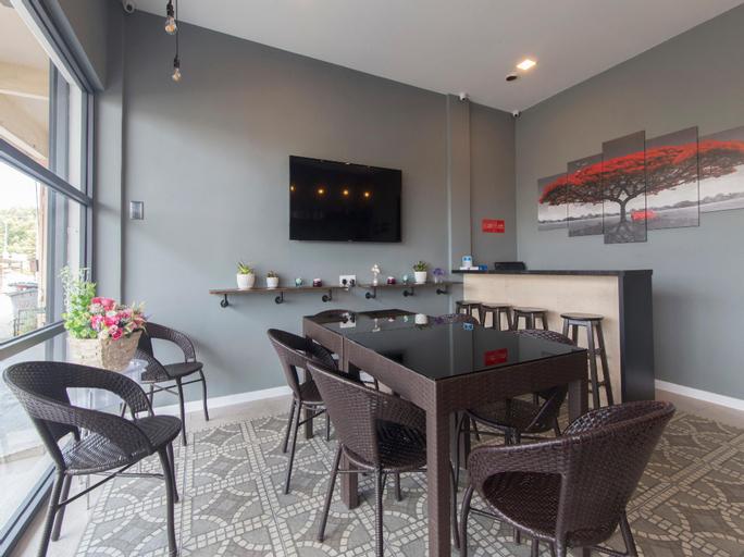 OYO 1145 Lea Guest House & Cafe, Port Dickson