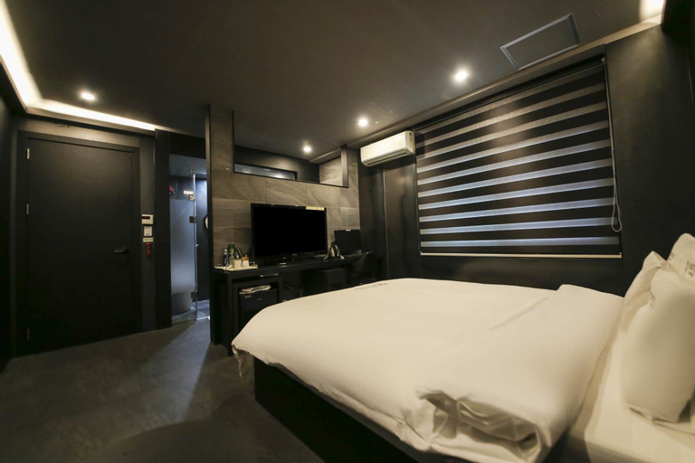 Hotel Pandora, Hwaseong