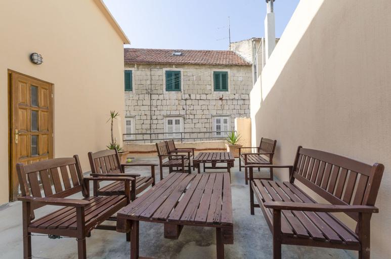 Apartments Srđan, Makarska