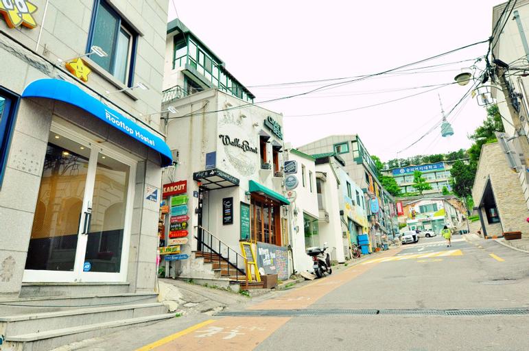 Myeongdong Rooftop Hostel, Jongro