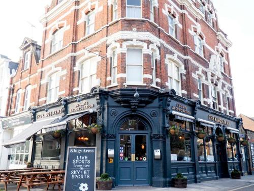 The Kings Arms, London