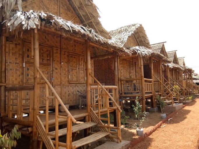 Bamboo House, Myingyan