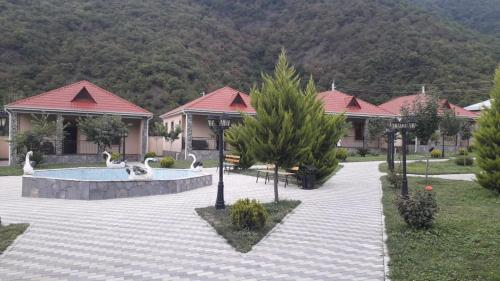 Residence Hotel Restoran, Qax