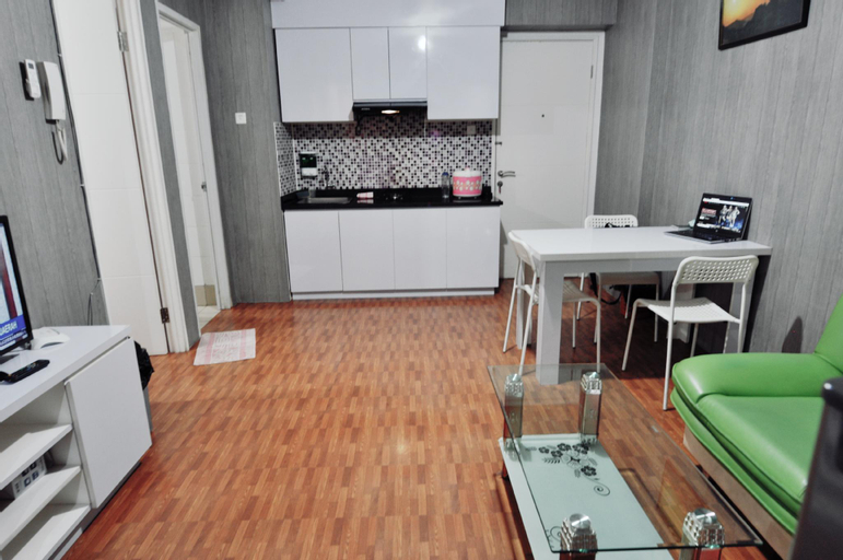 Spacious 3BRs full furnished free wifi, East Jakarta