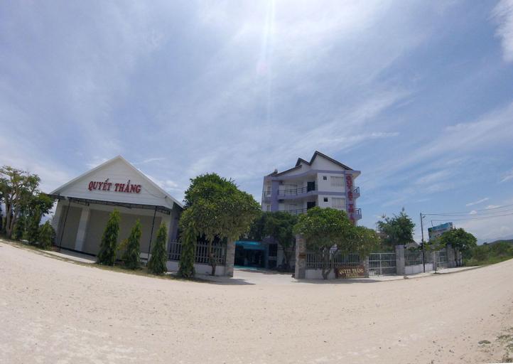 Quyet Thang Doc Let Hotel, Ninh Hòa