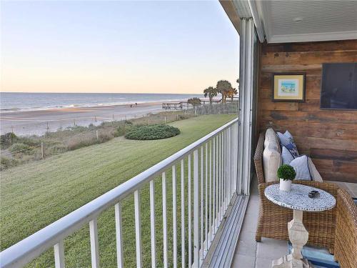 Ponte Vedra Ocean Manor 106-D, 3 Bedrooms, Beachfront, Sleeps 10, Saint Johns