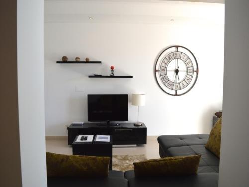 Almancil Villa Sleeps 10 Air Con WiFi, Loulé