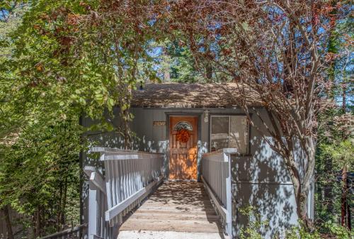 The Treehouse, San Bernardino