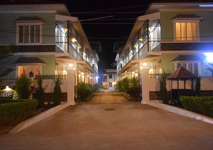 WEStay at the Grand Nyaung Shwe Hotel, Taunggye