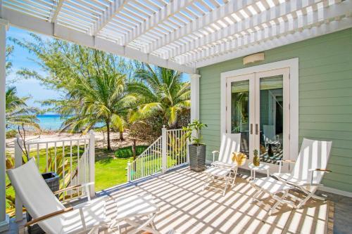 Avocado Cottage by Grand Cayman Villas,