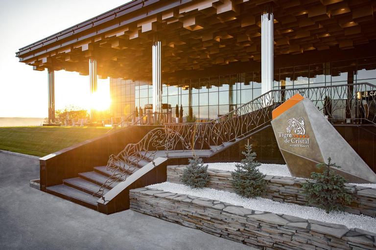 Tigre de Cristal Resort & Casino, Artem gorsovet