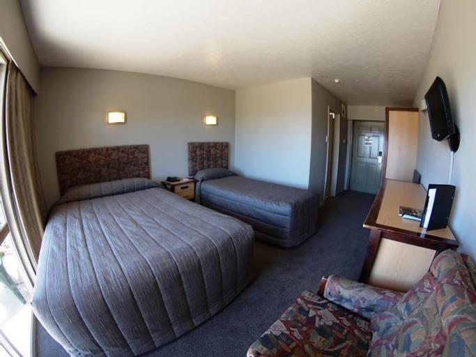The Godley Hotel, Mackenzie