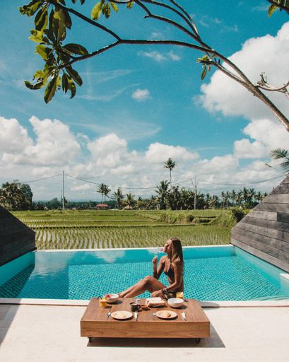 Love this 1 Bdr Private villa with own bathroom , Gianyar