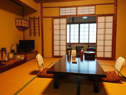 Kagetsu Ryokan, Maizuru
