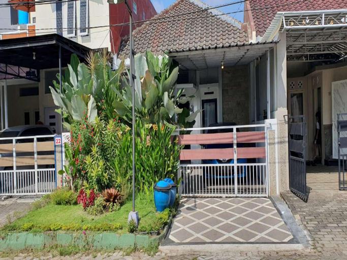 AA Home Stay Malang, Malang