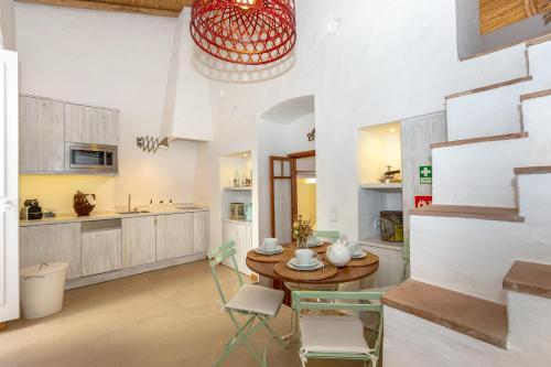 My Lovely Little House, Loulé