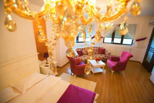 Noblesse Suite, Galati