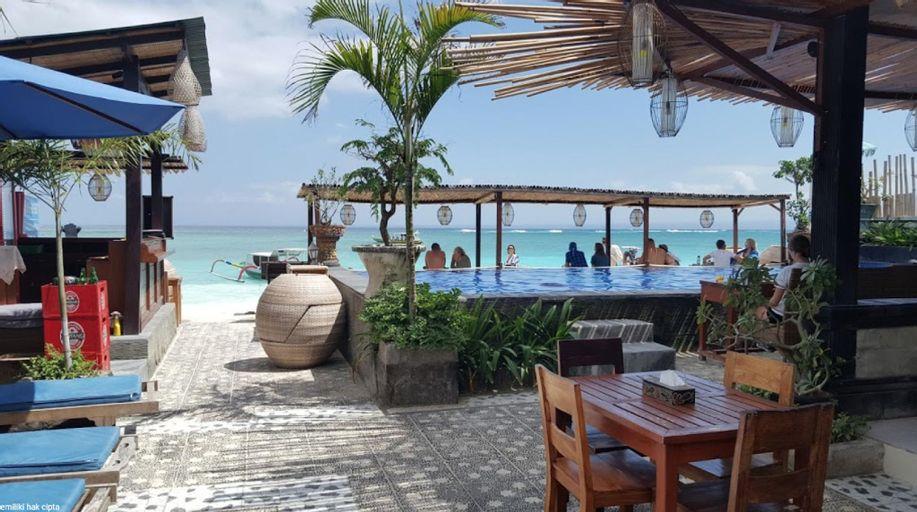 Standard Double Room 1 @ Linda Beach Resort, Klungkung