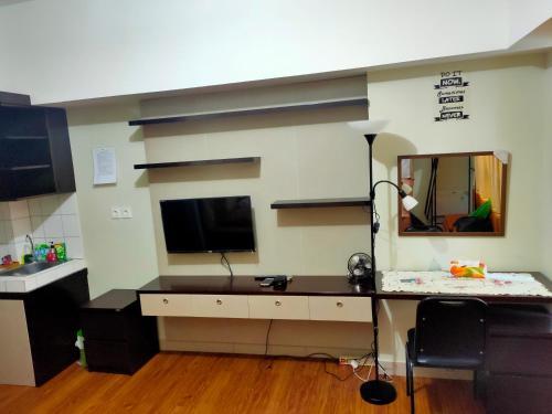 The Springlake Summarecon Bekasi Studio Furnish and WiFi, Bekasi