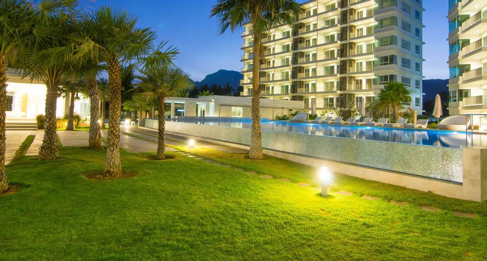The Sea Condominium, K. Sam Roi Yot
