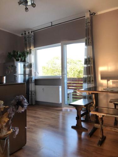 Spacious apartment with balcony close city centre, Kuressaare