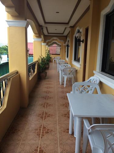 Sunrise Apartelle, Olongapo City