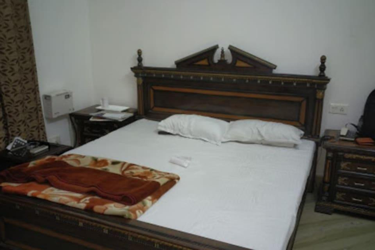 Hotel Fidalgo, Karnal