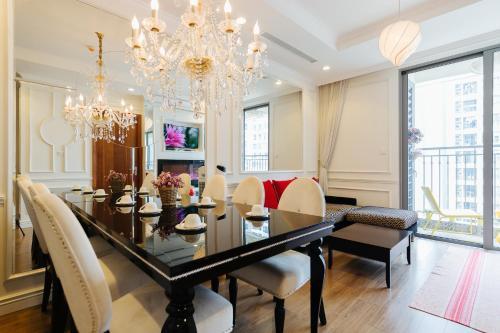 Times City Apartment P3-2BR- AthenaStay Luxury, Hai Bà Trưng