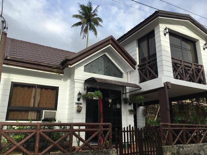 Haus of Dwaldz @ Metro Tagaytay, Alfonso
