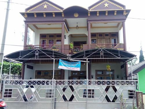 Hotel Huni Raya  Bromo, Probolinggo