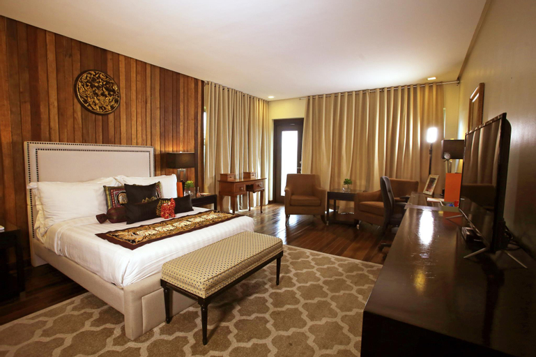 The Oriental Luxury Suites Tagaytay, Laurel