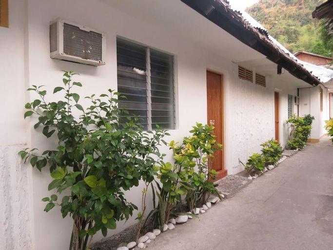 Anilao Scuba Dive Center Resort, Mabini