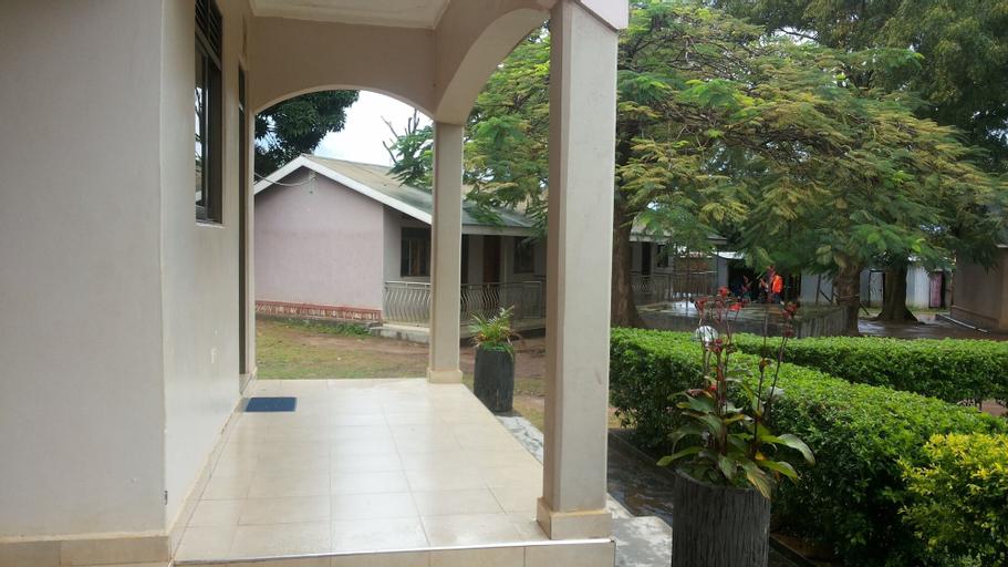 Blue Dove Hotel, Koboko