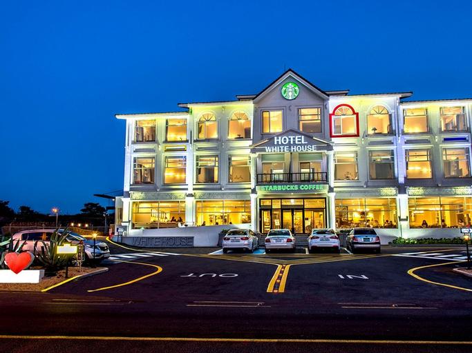 Hotel Whitehouse, Jeju