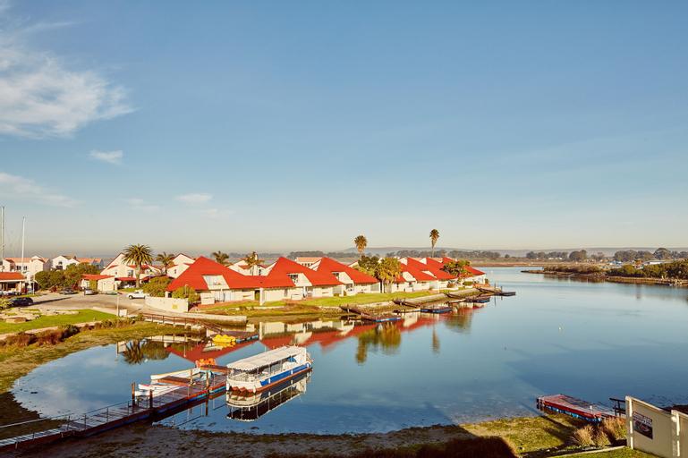 First Group Port Owen Marina, West Coast
