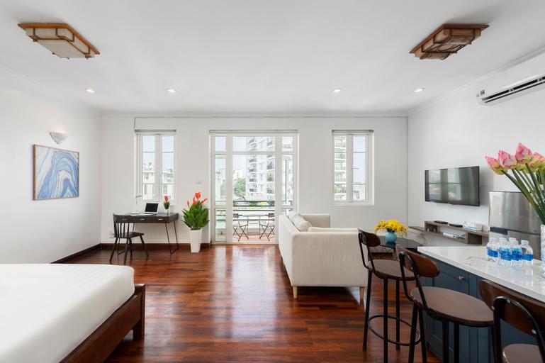 The Wooden Apartment -2BR/City View/Lake-near Walk, Hoàn Kiếm