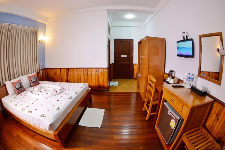 Yar Pyae Hotel, Taunggye