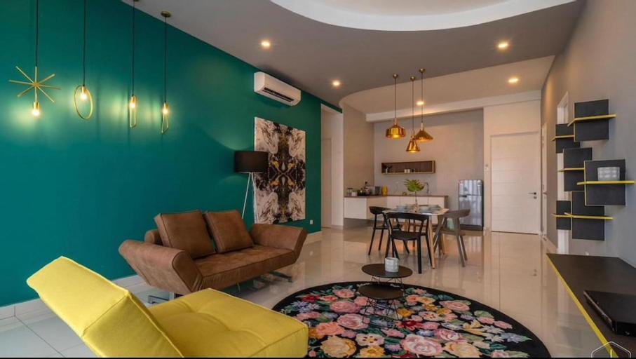 SO Homely Luxury 3 BR Nice View  suite *WiFi*, Pulau Penang