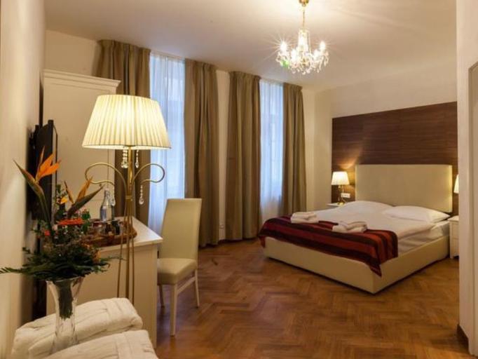 Residence U Malvaze, Praha 1